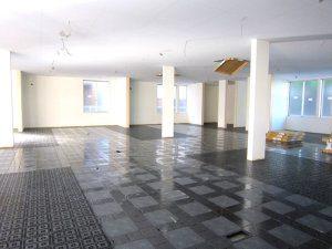 耐震工法テクノストラクチャーで建築した商業施設(さいたま市)事例の内観写真