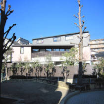 外壁塗装後の外観(公園側)写真
