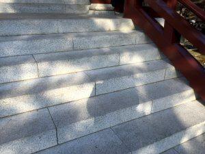 階段についても綺麗になっている