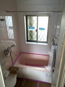 ユニットバス設置後の浴室
