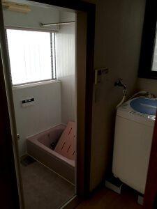リフォーム前のお風呂と洗濯場