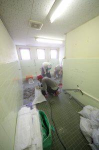 トイレのリフォーム中の様子