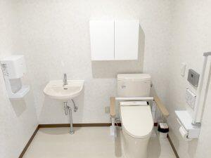バリアフリーを意識したトイレ