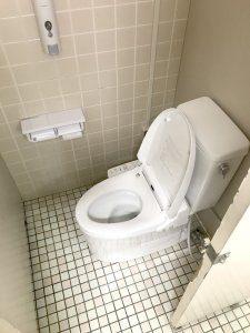 リフォーム後のトイレ。ウォッシュレット付きになっている。