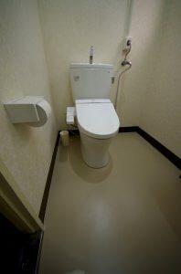 リフォーム後の女子トイレの様子。