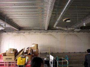 新装前の様子。ほぼ、倉庫として使われている。