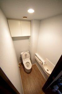 リフォーム後のトイレの全景