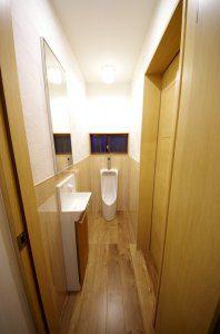 リフォーム後の男子トイレ